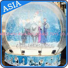 चीन CE Approval X - Mas Christmas Inflatable Snow Globe For Photo Taking फैक्टरी