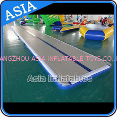चीन Safety Airtight 20cm Gymnastic Inflatable Air Track For Tumbling फैक्टरी
