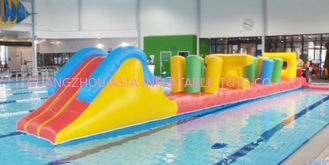 चीन Indoor Swimming Pool Games, Inflatable Obstacle Course For Sale फैक्टरी