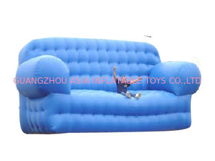 चीन Blue Advertising Inflatables Couch Sofa Manufacturer With Wholesale Price फैक्टरी