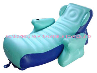 चीन Eco-friendly PVC Inflatable Water Sofa Bed , Advertising Inflatable Floating Sofa फैक्टरी