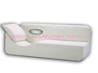 चीन White Pvc Tarpaulin Inflatables Furniture ,  Inflatable White Couch Sofa For Living Room फैक्टरी