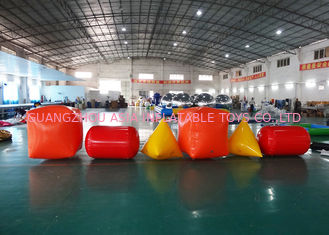 चीन Triangle ,  Cube Shape and Cylinder shape of Inflatable Buoy On Sale For Water Games फैक्टरी