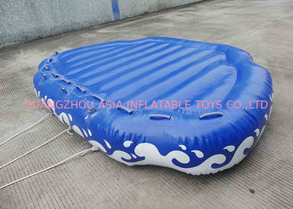 चीन 4 Passangers Inflatable Water Ski Tubes Towable Water Surfboard Platform For Beach फैक्टरी