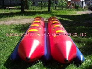 चीन Inflatable Dual Tube Banana Boat, Inflatable Tube Boat For Water Sports फैक्टरी