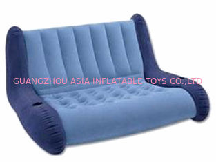 चीन water proof and fireproof Advertising Inflatable Sofa couch with two seas फैक्टरी