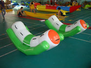 Playing Center Single Tube Inflatable Water Seesaw For A Couple Of Adults आपूर्तिकर्ता