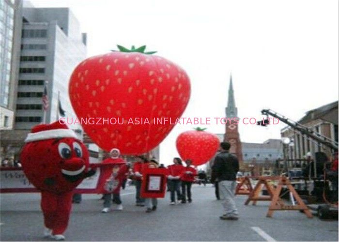 Advertising Inflatables Strawberry Character Balloon Giant Fruits Flying Ball आपूर्तिकर्ता